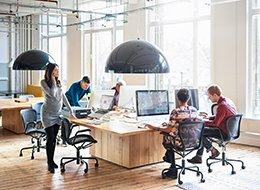 Изображение интерьера внутри офиса