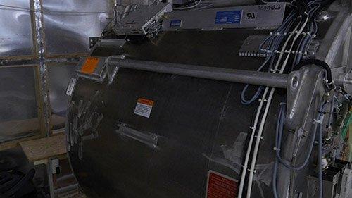 Изображение магнита МРТ аппарата в близком ракурсе